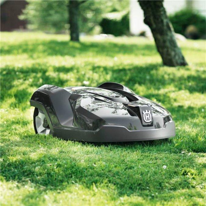 husqvarna-robotic-mower-315X